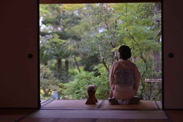 重要文化財「臥龍山荘」で貸切って朝食を
