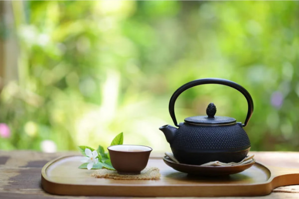 茶香炉の香りに癒され、食事と愉しむティーペアリング、目覚めの八女抹茶でお茶を堪能1