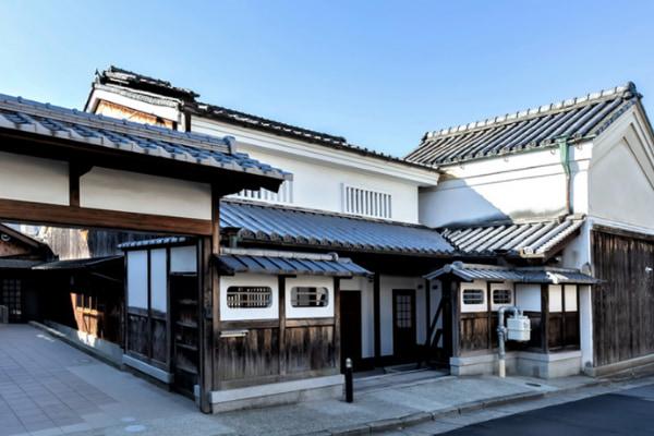 春日大社などに日本酒を奉納している由緒ある〝奈良豊澤酒造〟の酒粕2