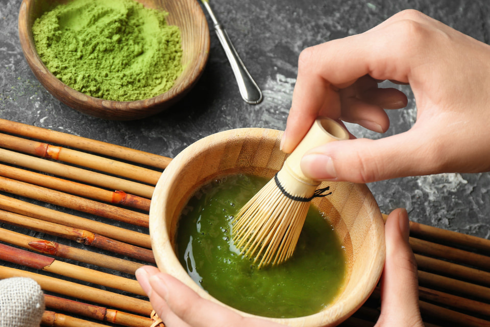 日本一の玉露の産地〝八女〟で、縁起の良い朝抹茶で爽やかな朝を迎える