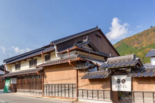 竹田城跡の麓で、歴史を紡ぐ創業400年の旧木村酒造場と町家に泊まる3